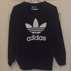 Adidas Black Sweater with pockets